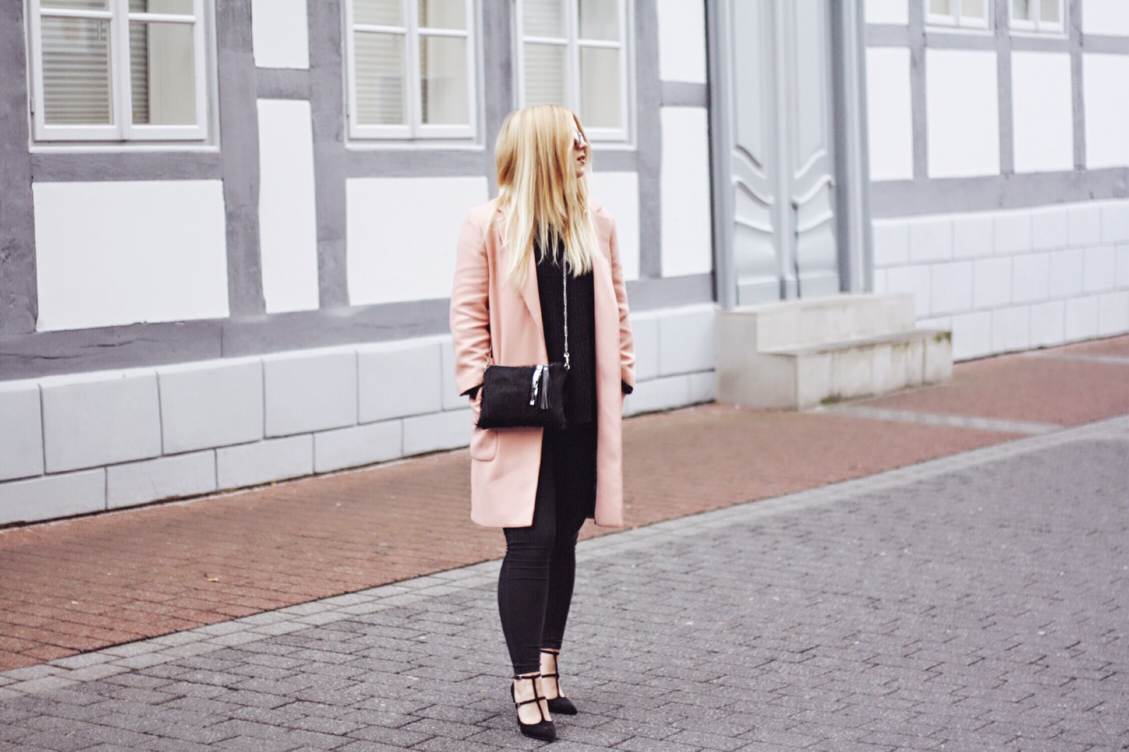 itsgoldie_modeblogger_hannover_rosa_mantel_zara