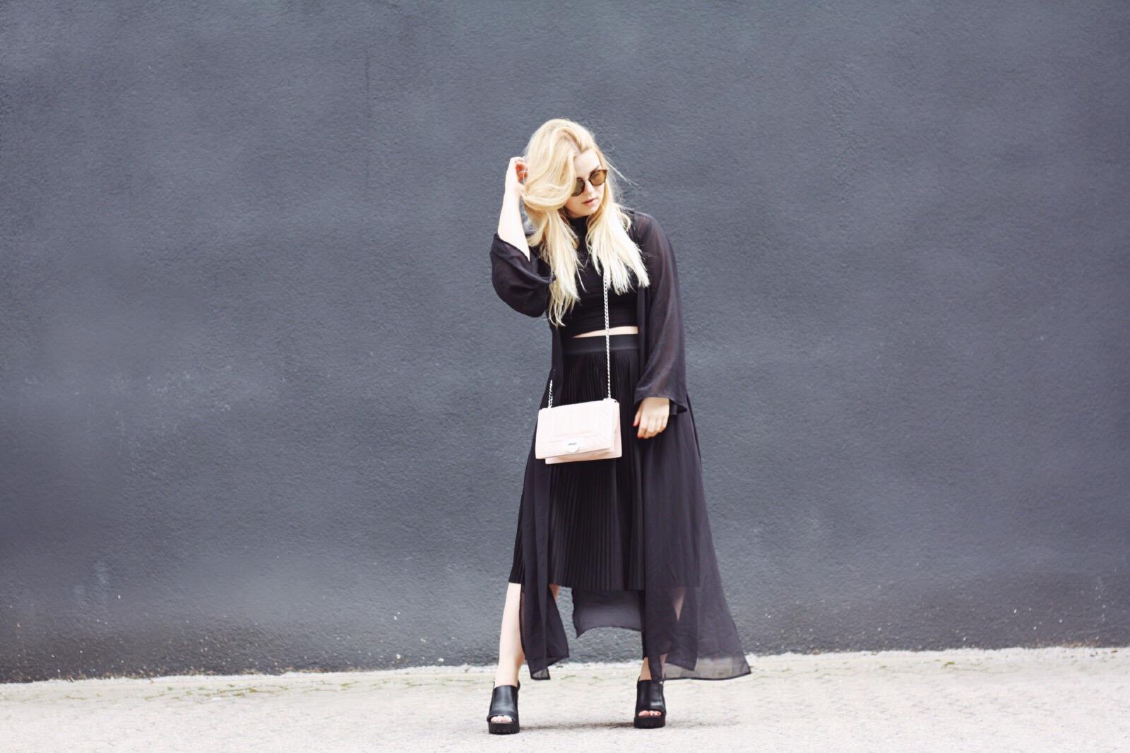 Its_goldie_mode_modeblogger_minimalismus_minimal_trend_black_schwarz