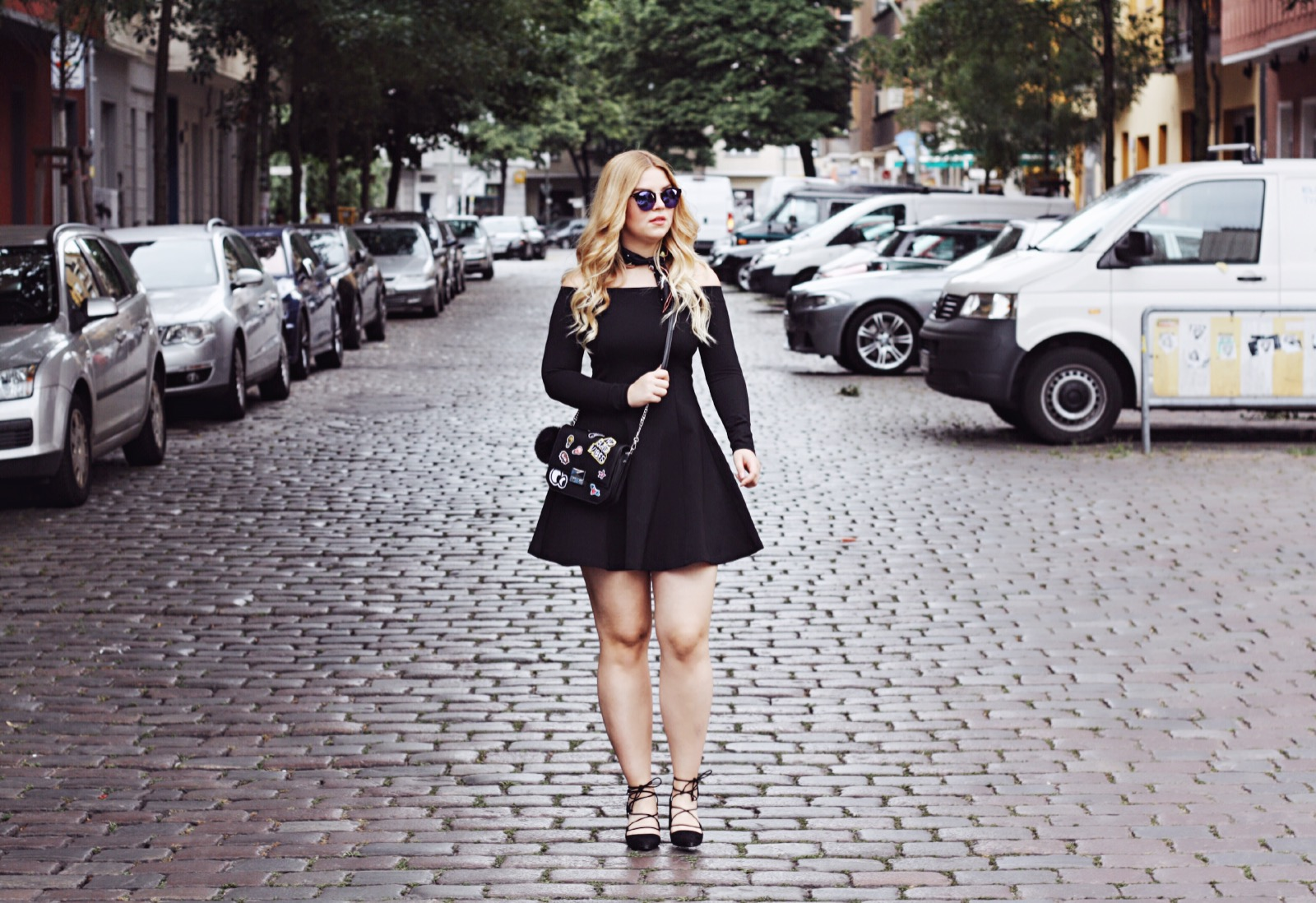 streetstyle_berlin_fashion_week_2016_itsgoldie_trend_style_offshoulder