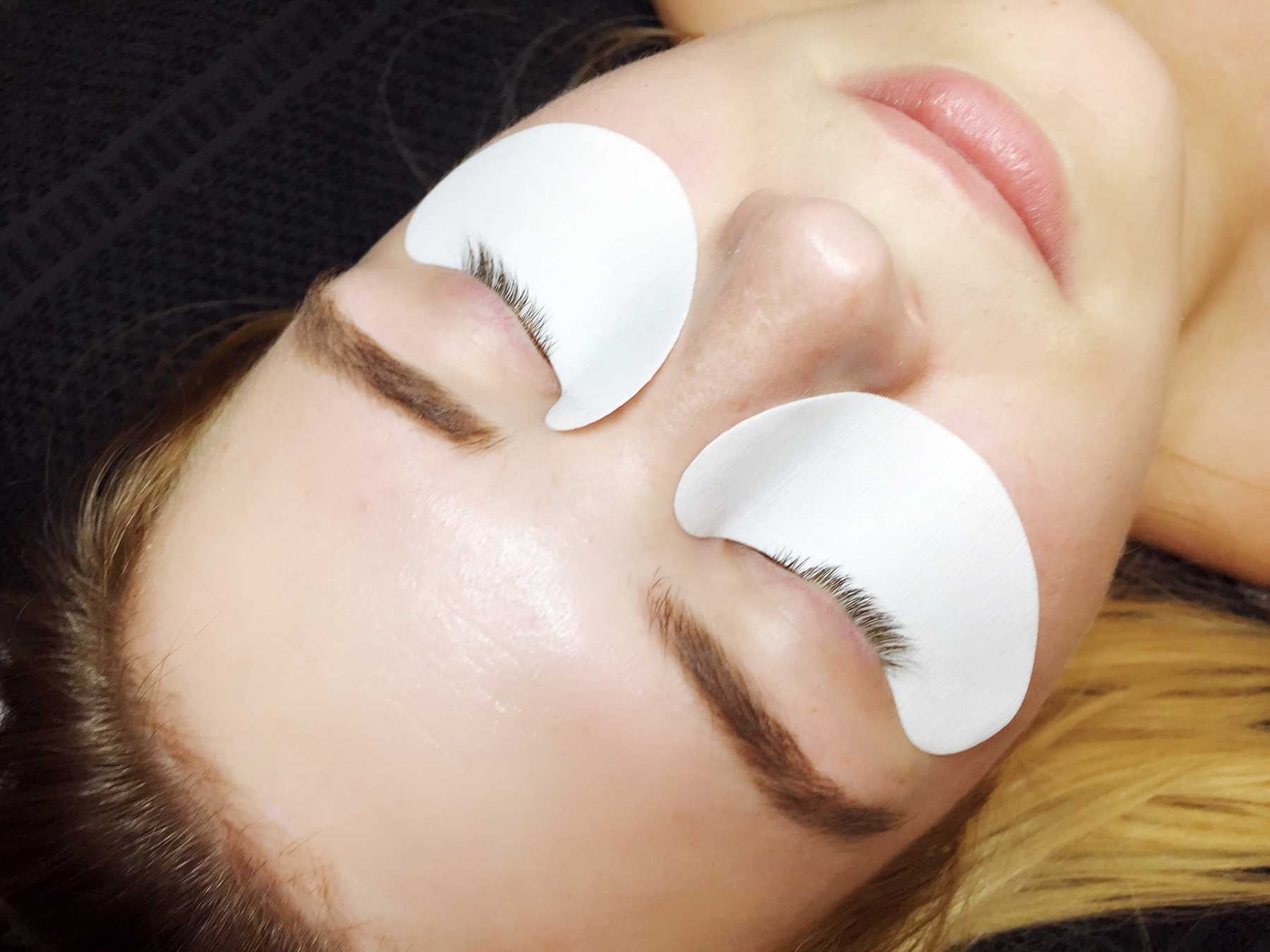 itsgoldie_wimpernverlängerung_lash_extensions_hannover_elegant_&_exellent_lounge_beautyblogger