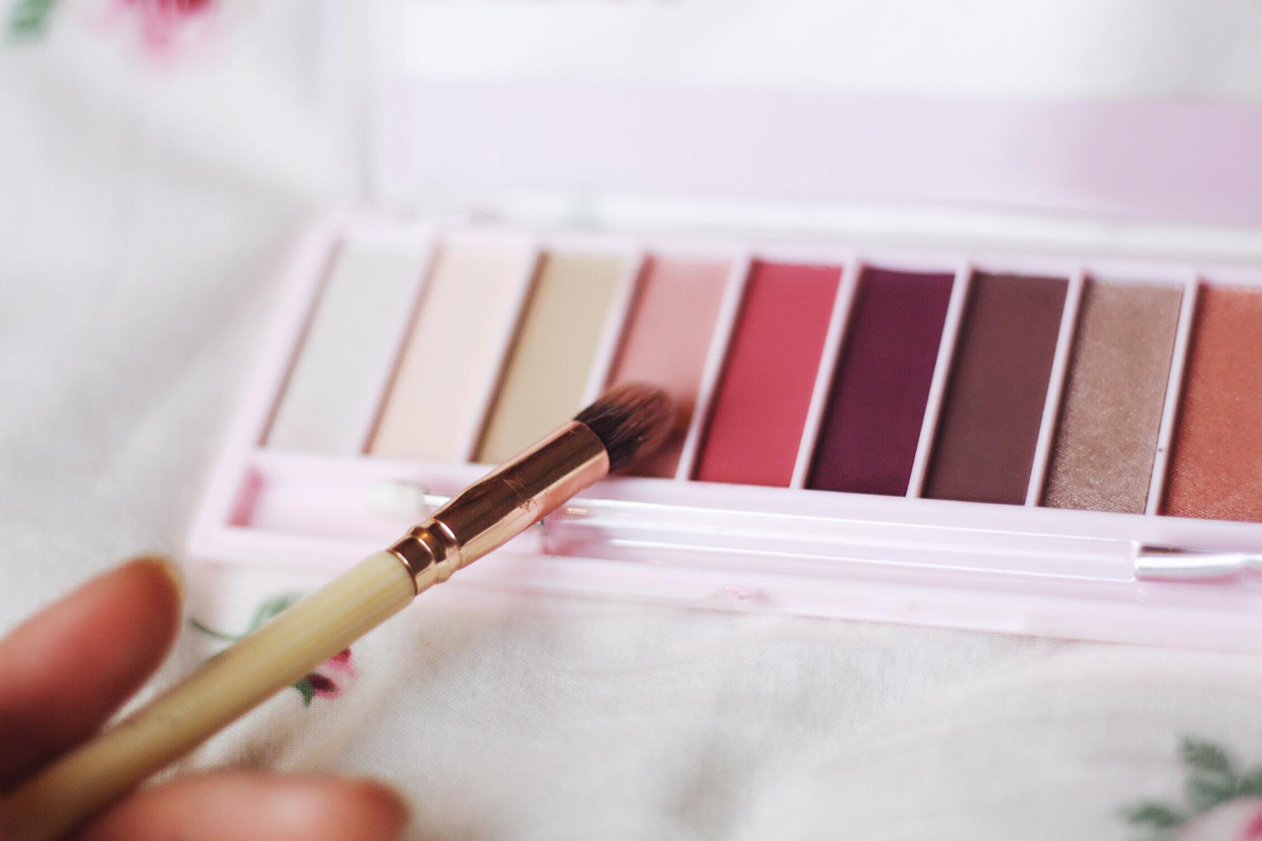 itsgoldie_rossmann_pink_rival_de_loop_tutorial_schminke_hannover_makeup_lidschatten_rosa